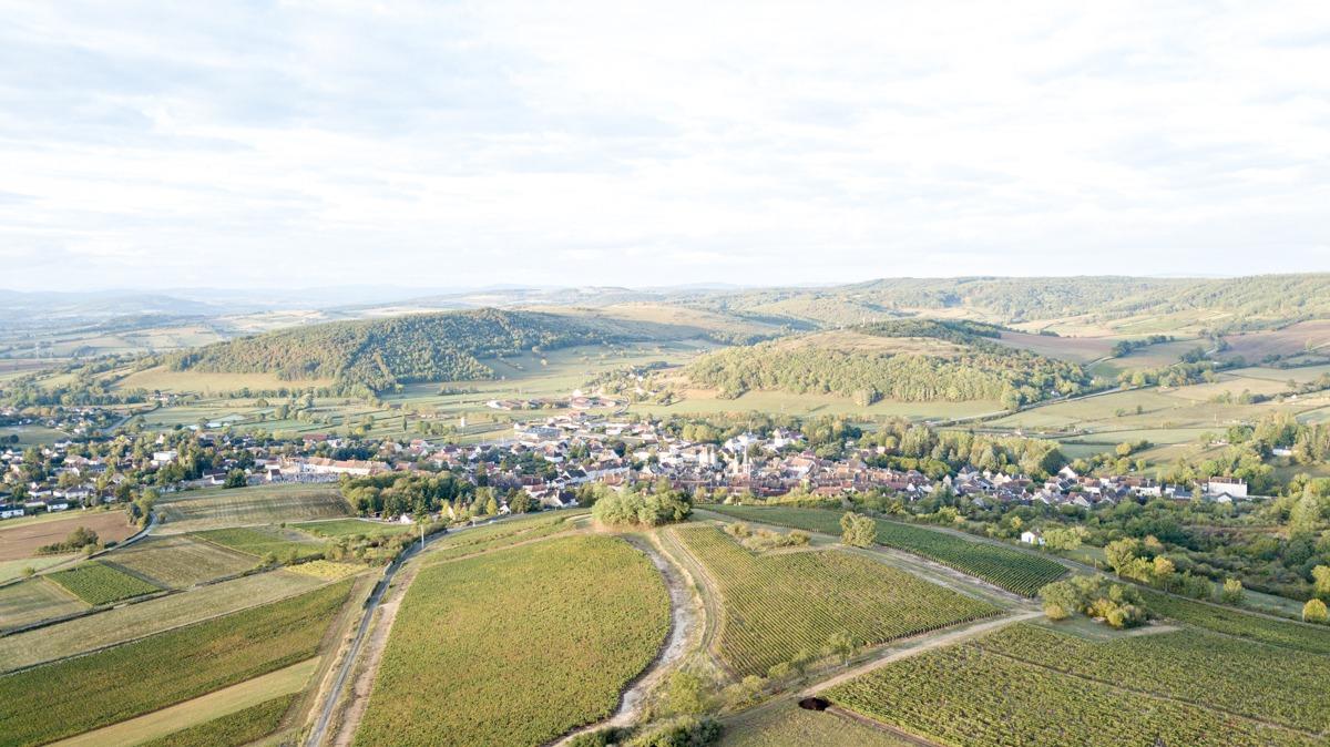 photo aérienne par drone gîte de ganéa immobilier et paysage by lafelt