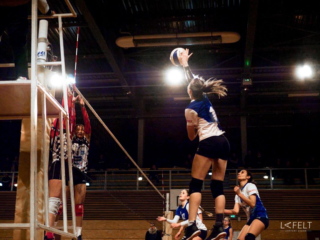 photographie sportive pour l'equipe de volley ball annecy feminine en pré nationale by lafelt